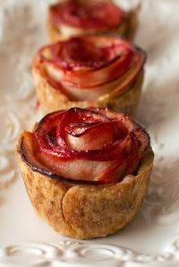 http-www-fmitk_-com201407mini-apple-rose-pies